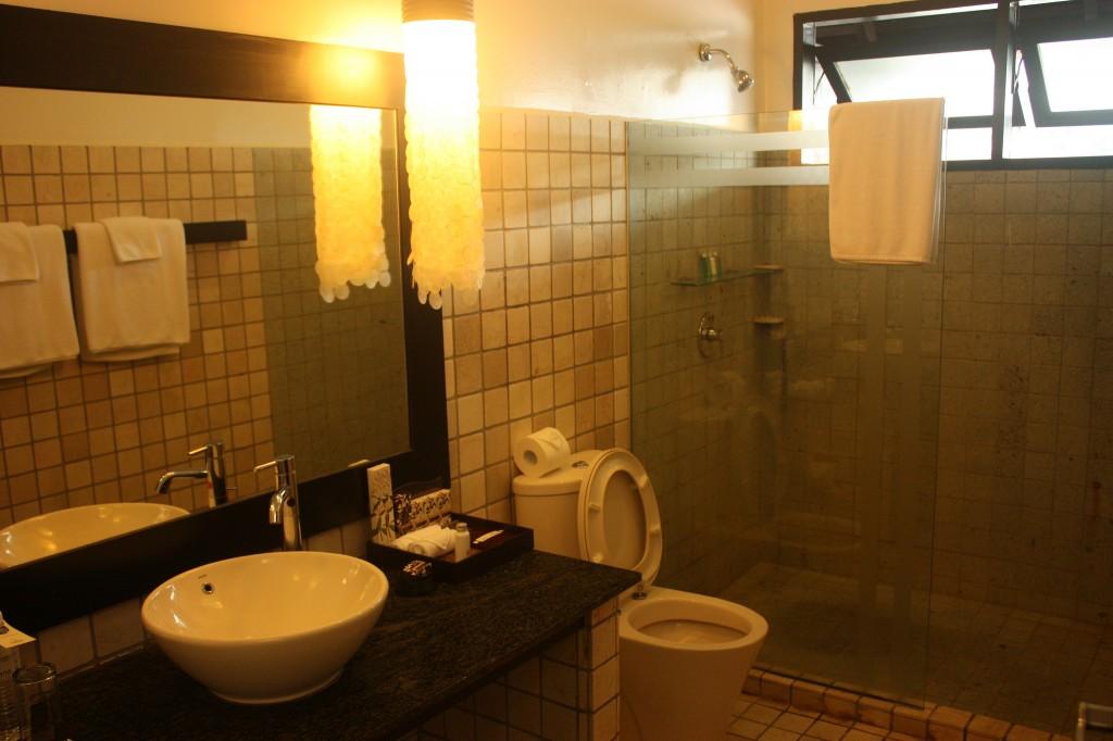 Creative and eco friendly bathroom design ideas for Eco friendly bathroom design ideas