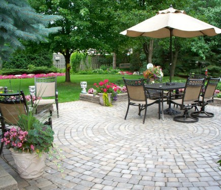 Creative Sol Vibrations - Backyard Landscaping Ideas on a ...