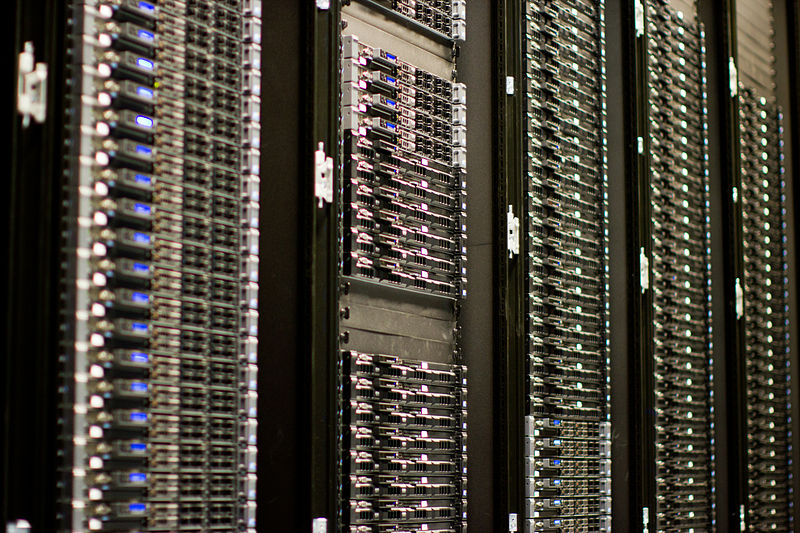 800px-Wikimedia_Foundation_Servers-8055_35